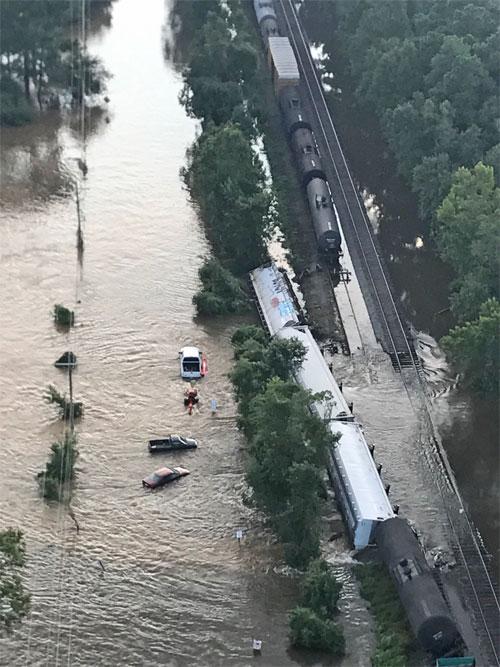 Air2 Aids Texas In Hurricane Harvey Restoration Air2